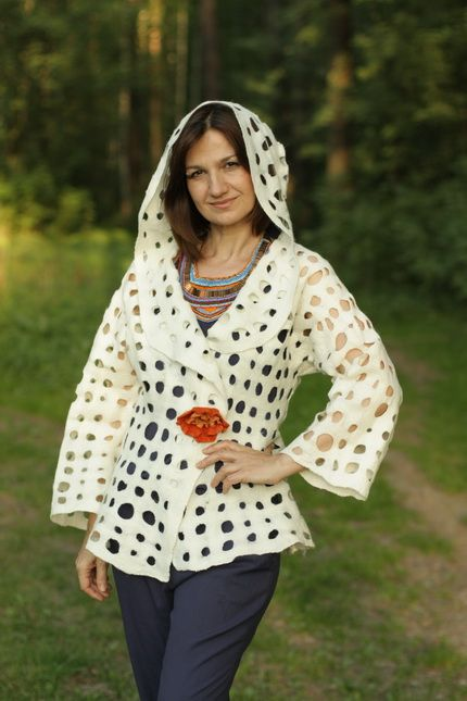 Crow's Nest - One Day in May ✯ Felted jacket with hood ✯