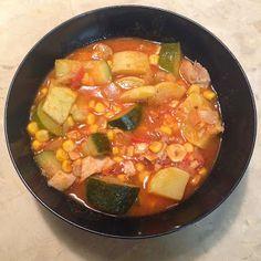 240 calorie dinner!!  Calabaza con Pollo (Chicken 'n' Squash)