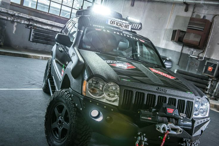 This is one awesome Jeep Cherokee SRT8 Vapor edition https://www.mobmasker.com/this-is-one-awesome-jeep-cherokee-srt8-vapor-edition/