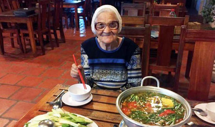 Yelena Yerkhovaheet ze. Ook wel Baboesjka Lena genoemd, wat oma Lena betekent. De Siberische is 89 jaar oud en besloot in haar eentje de wereld te ontdekken. Alleen op pad Zes jaar geleden besloot Baboesjka Lena haar koffer te pakken en op pad te gaan. Ze bezochtVietnam, Thailand, Israël, Turkije en Tsjechië in haar uppie.…