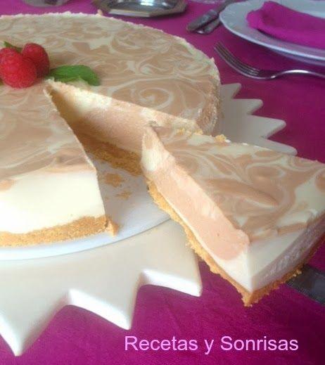 Tarta de queso, chocolate y Baileys! Paso a paso! http://recetasysonrisas.blogspot.com.es/2014/03/tarta-de-queso-chocolate-y-baileys.html #food #récipe #tutoriql #cqk3 #dessert #sweet #cheese #Baileys #chocolate