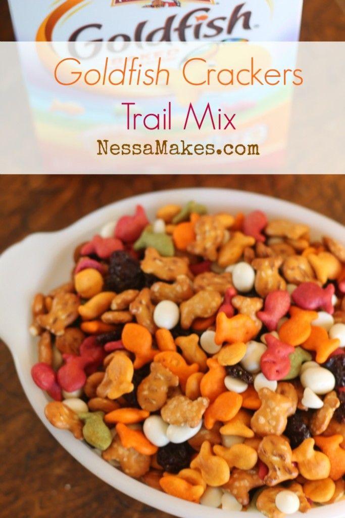 Goldfish® Crackers Trail Mix#GoldfishMix #Walmart #CollectiveBias ad