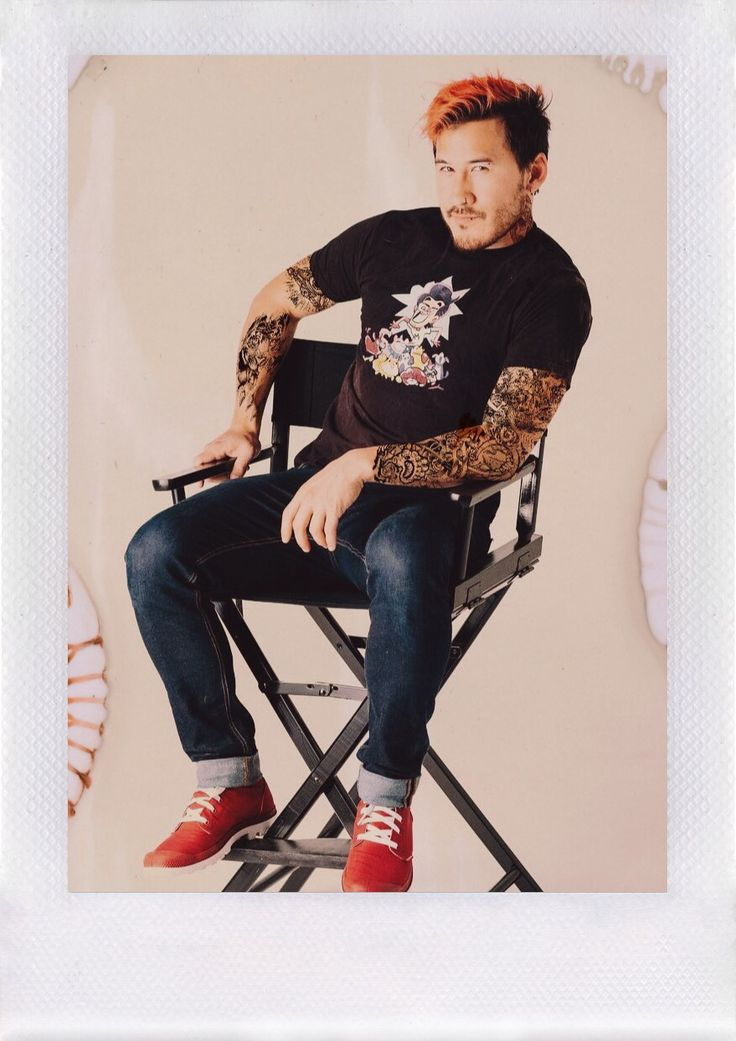 """markiplier-imagines: """" We all love accidental model Mark, how about purposely punk model Mark? """""""