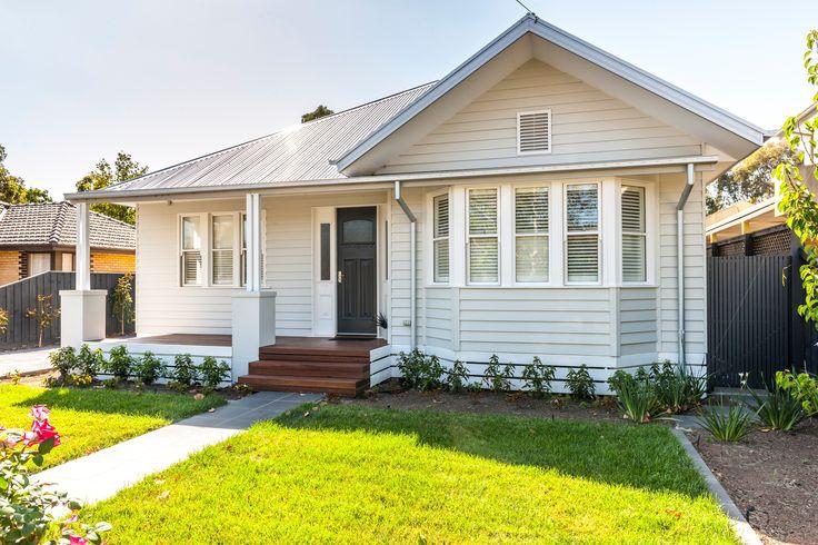 Californian Bungalow Custom Designed New Home.