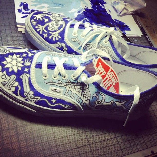 #customsneakers #vansauthentic #shooty x #sneakerbarber