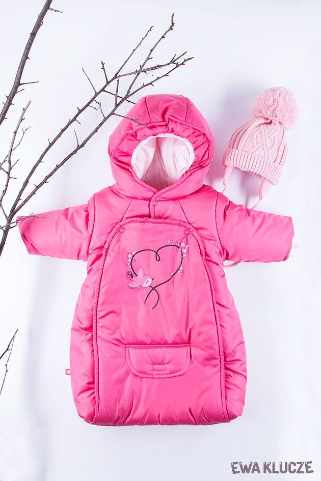 EWA KLUCZE, kolekcja BIRD, śpiworek ocieplany różowy, czapeczka różowa, jesień-zima 2018, ubranka dla dzieci, EWA KLUCZE, BIRD collection, baby girl one-piece, pink hat, baby clothes