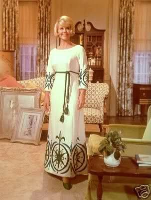 4/15/14  1:56p   20th Century Fox  ''Do Not Disturb'' Doris Day  Wild Compass Dress  Blue/Green Beige Waiting for Rod Taylor to come Home for Dinner   1965 dorisday.net