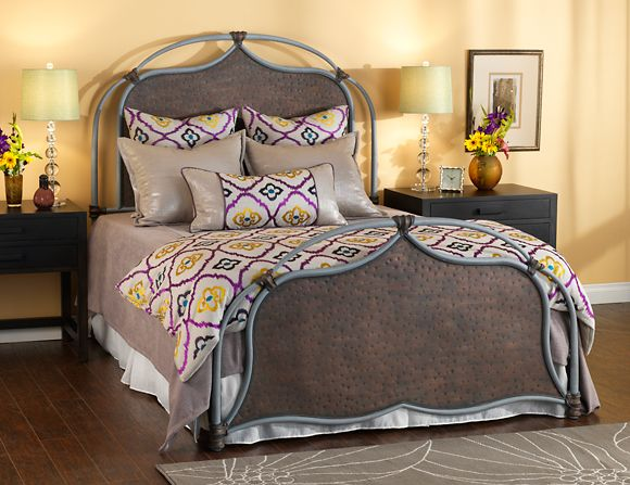24 best iron beds wrought iron beds images on pinterest 17883 | 2b4b329e89e36a5afd6292fcaf980634 wrought iron beds iron furniture