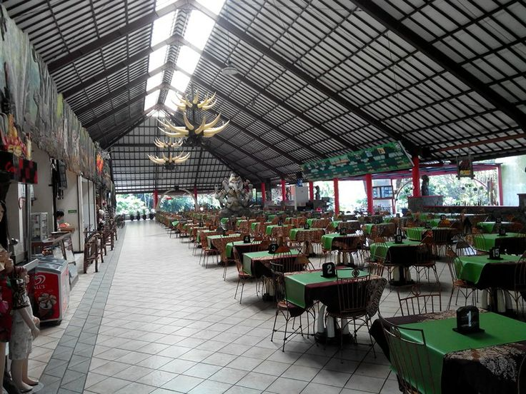Gading Resto Taman Safari Indonesia 2