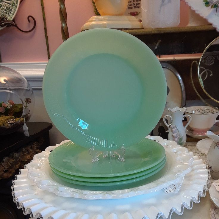 "Vintage Fire King ""Jane Ray"" Jadeite Dinner Plate! by ToastyBarkerBoutique on Etsy"