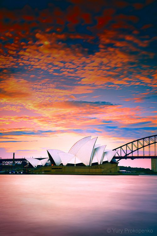 Beautiful iconic shot of the Opera House, Sydney, Australia a place I would like to visit arriving first class of course!