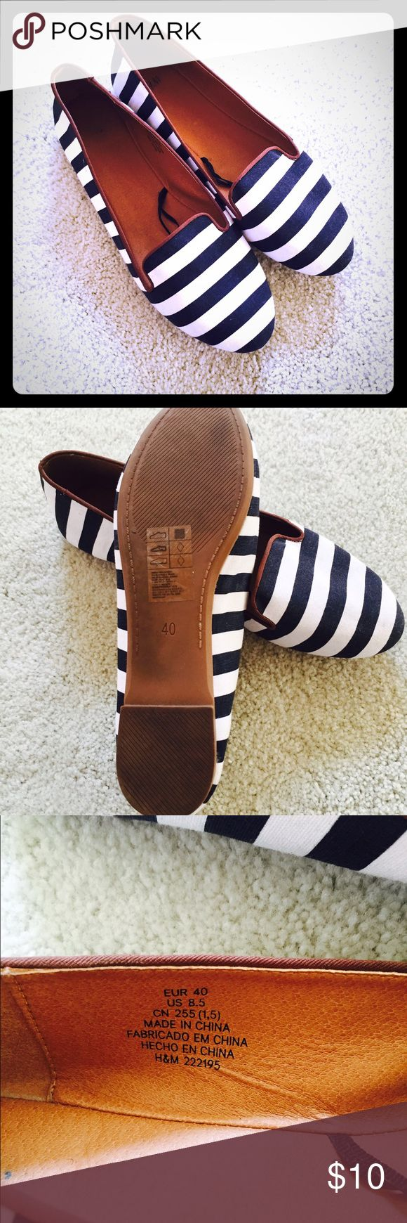 H&M Navy Blue and White flats These are so comfy and stylish. Pairs great with jeans! H&M Shoes Flats & Loafers