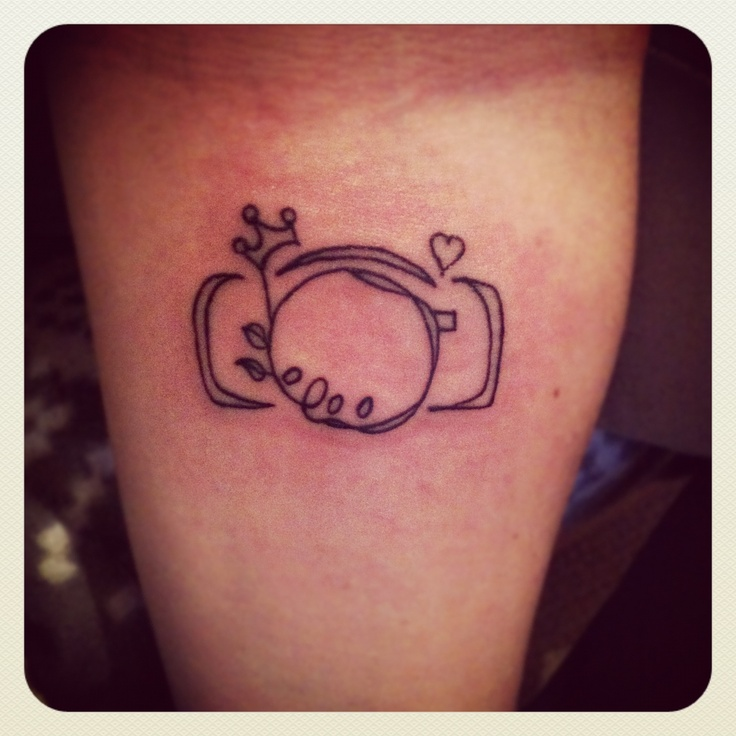 Would live to get something like this with a hummingbird incorporated to honor my grandma and grandpa