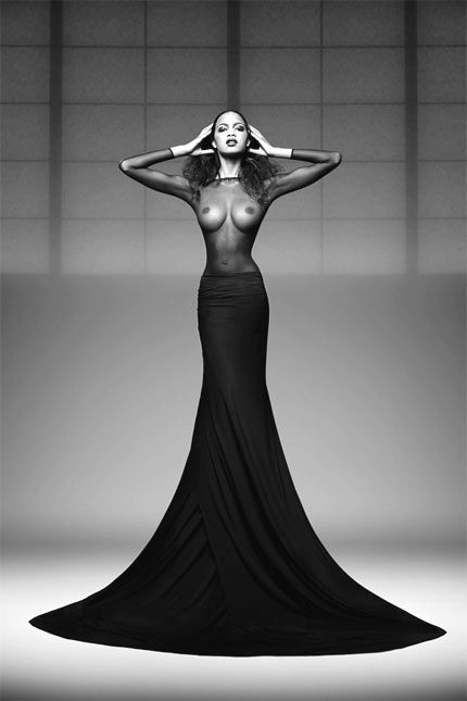 boobsSimply Captive, Xgizli Bahçe, Girls Flappers, Artists Nude, Nice Pix, Naked Lunches, Sexy Black, Black White Photos, Photoshoot Ideas