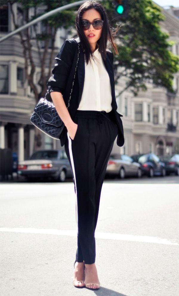 Street style look com conjunto preto.