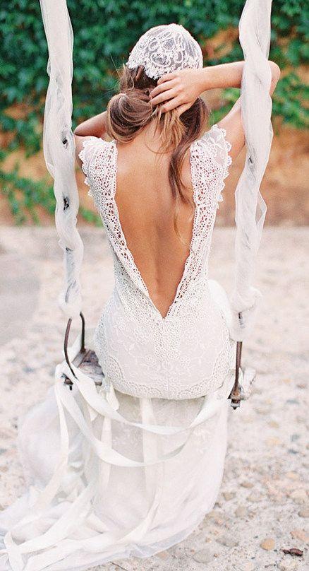 Vintage Wedding Dress ... Wedding ideas for brides, grooms, parents & planners ... https://itunes.apple.com/us/app/the-gold-wedding-planner/id498112599?ls=1=8 … plus how to organise an entire wedding ♥ The Gold Wedding Planner iPhone App ♥