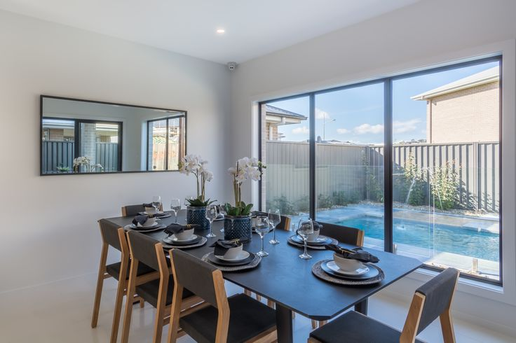 'Ridgewood' Display Home by Mincove Homes On Display at Calderwood Valley, NSW