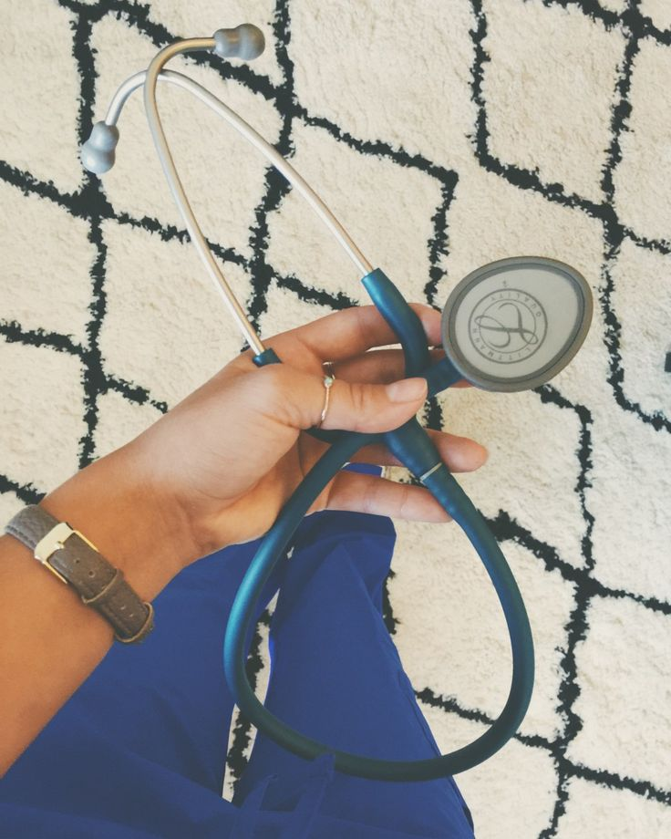 Littmann Stethoscope Giveaway - Stethoscopes, Simplicity & Syrah >> check out @mellawood on Instagram to see how to enter to win the stethoscope!