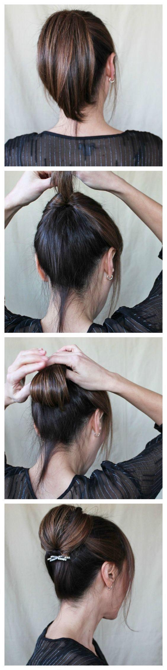 peinado elegante, paso del pelo por abajo