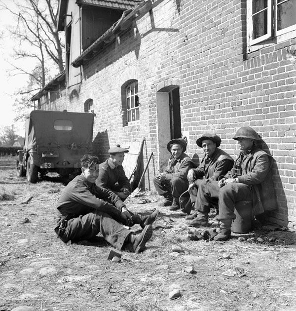 Infantrymen  of the Argyll and Sutherland Highlanders of Canada in the Kuesten Canal bridgehead in northern Germany 26 April 1945.