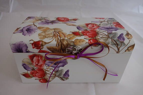 Flower treasure chest box