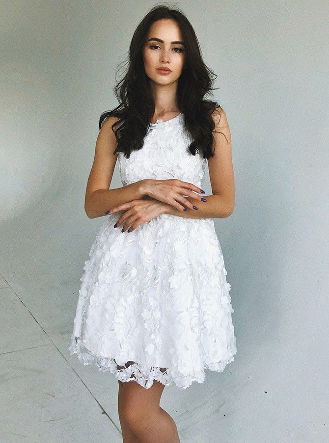 A-Line Round Neck White Short Lace Homecoming Party Dress ...