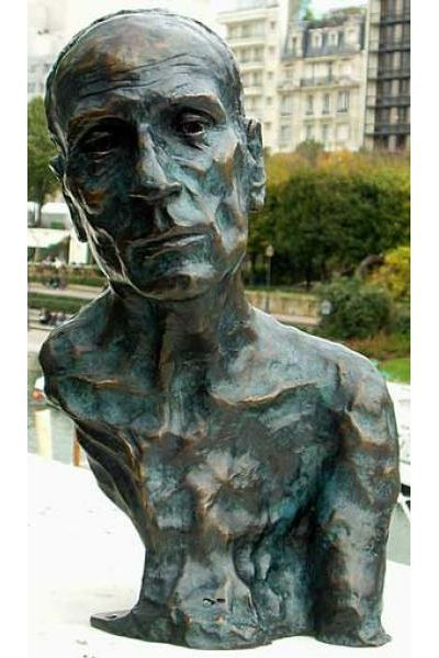 Must go see all Bruno Catalano statues #france