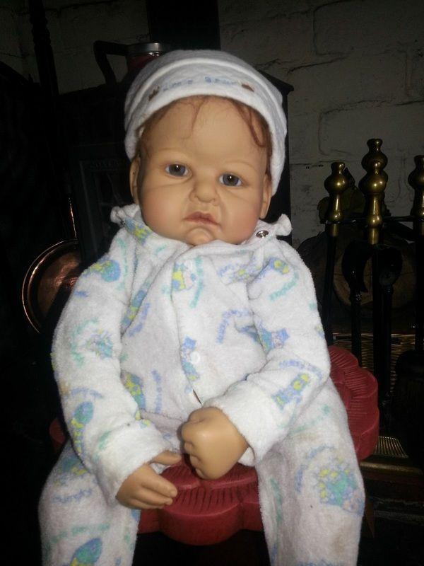 16 Best Creepy Old Dolls Images On Pinterest Old Dolls