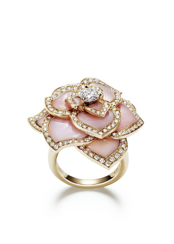 Piaget #Rose Passion #ring in 18K pink #gold set with 156 brilliant-cut #diamonds, 1 brilliant-cut diamond and 12 carved pink #opals.