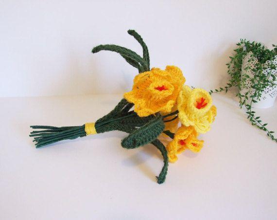 Swedish bouquet Crochet daffodils // Easter por tiendanordica