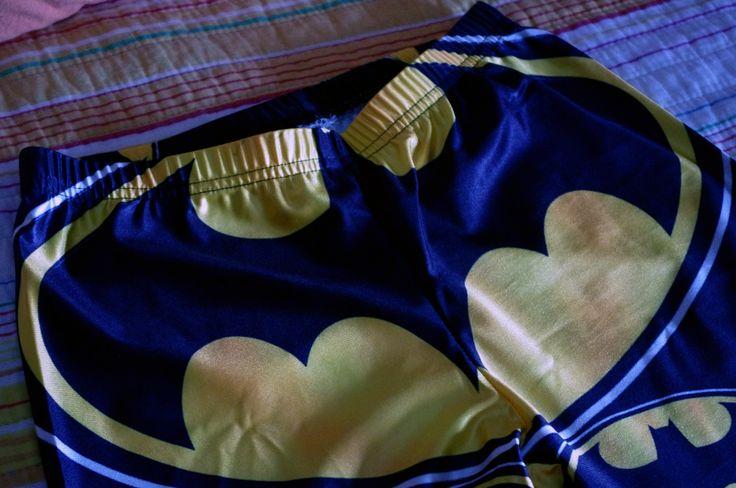 http://mitiendatumblr.blogspot.com.es/2014/03/leggins-batman.html