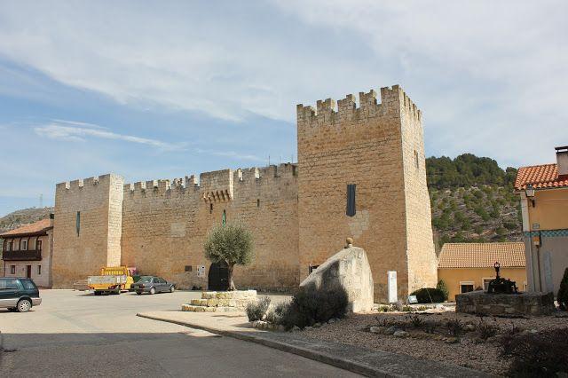 Palacio Fortaleza De López De Zúñiga En Curiel De Duero Palacios Fortaleza