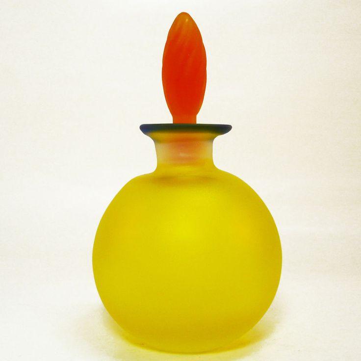 ber ideen zu parf mflakons aus glas auf pinterest vintage parfumflaschen antike. Black Bedroom Furniture Sets. Home Design Ideas
