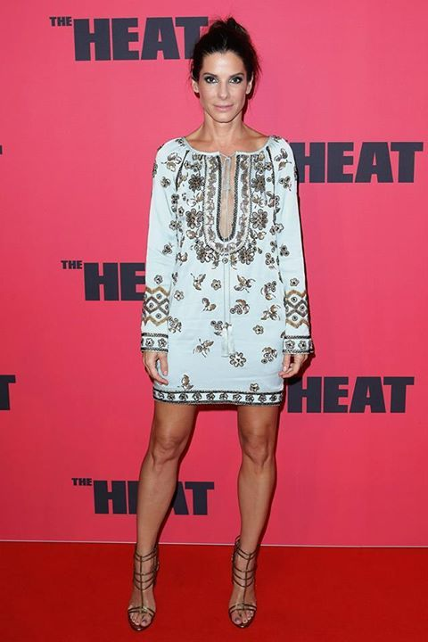Sandra Bullock in a bohemian style Emilio Pucci dress AND let's not deny those legs. EVERYTHING