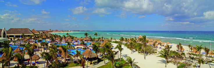The best beaches with its fine light-coloured sand, turquoise crystal-clear waters, palm trees and tropical plants...  #RivieraMaya #Tulum #Mexico #BahiaPrincipe   More info: http://www.bahia-principe.com/en/hotels/riviera-maya/