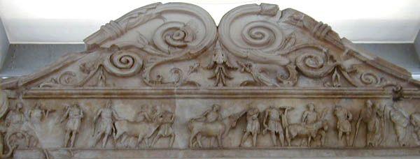 ARA PACIS altar cornice decoration.