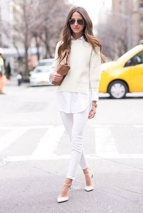 全身白の軽やかコーデにもぴったりの白ニットベスト☆ニットベストのモテコーデ♡トレンド・人気・おすすめのニットベスト一覧♪