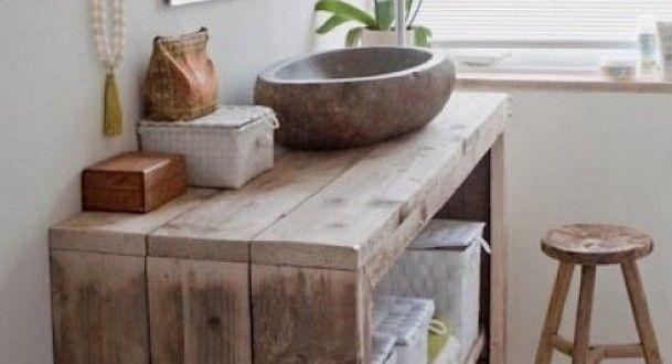 Décoration d'une salle de bain en bois exotique | Maison et déco