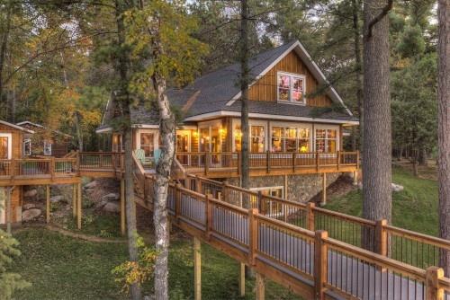 Lakeside cabinBathroom Design, House Design, Lakes House, Beach Style, Decks Design, Dreams House, Land End, Trees House, Traditional Exterior