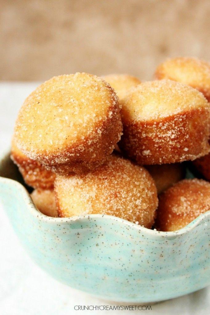 Cinnamon Sugar Mini Donut Muffins - little gems that look like muffins but taste like your favorite cinnamon donuts!  #recipe #muffins crunchycreamysweet.com