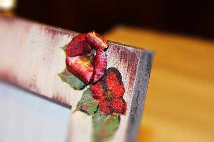 3D flower in a decoupage frame