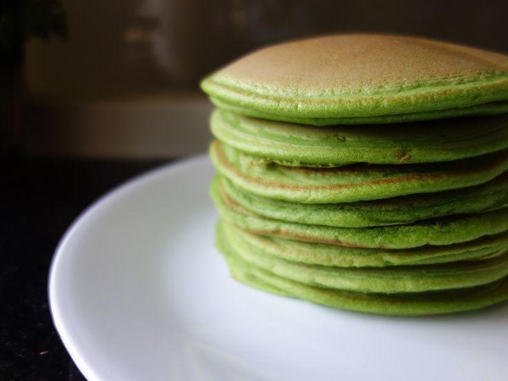 Soft & Fluffy Pandan Pancakes || eggs, plain flour, baking powder, milk, concentrated natural pandan extract, sugar
