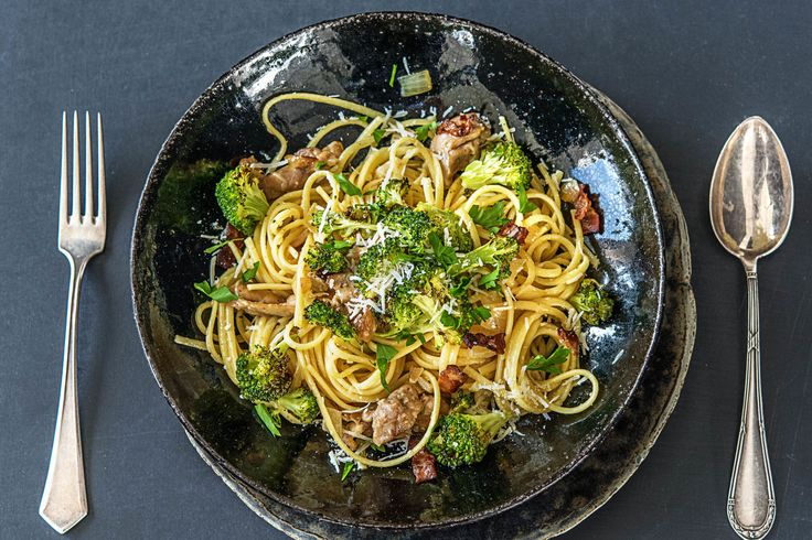 Chicken Linguine with Roasted Broccoli Recipe   HelloFresh