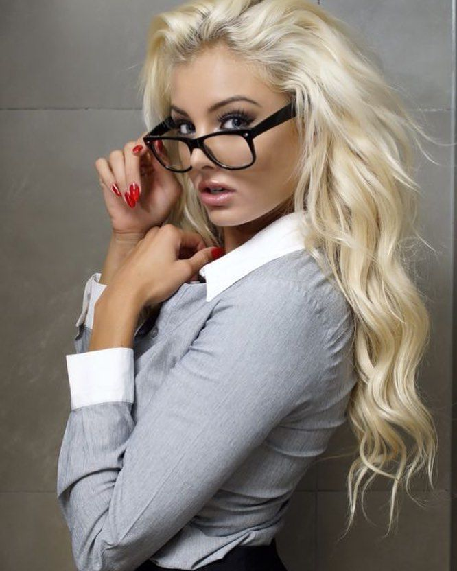 investment banker dating blogs