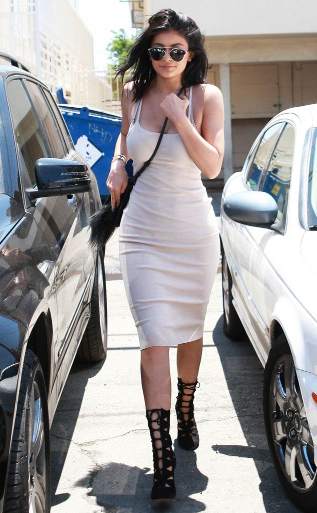 Kylie Jenner from The Big Picture: Today's Hot Pics  The 17-year-old opts for body-con for lunch with Kendall at Joan's on Third in L.A.