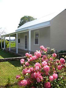 King Valley Accommodation  - Orange Tree Cottage http://www.orangetreecottage.com.au/index.htm