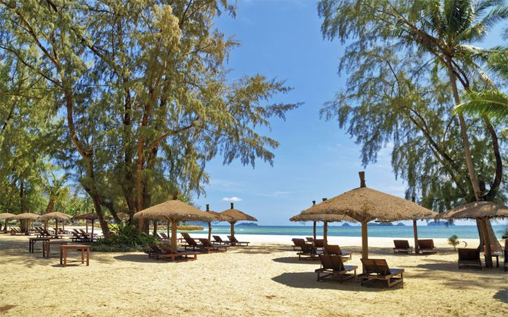 Genieten op Koh Chang! #KohChang #Thailand #Azië #beach #strand #vakantiethailand #originalasia