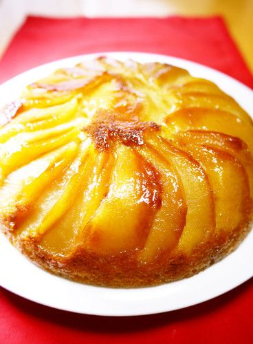 An Apple Cake in a Rice Cooker