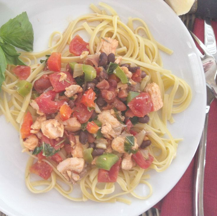 Salmon Linguine {Mom's Kitchen}