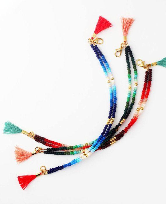 Bracelet en perles Friendship Bracelet rocaille par feltlikepaper
